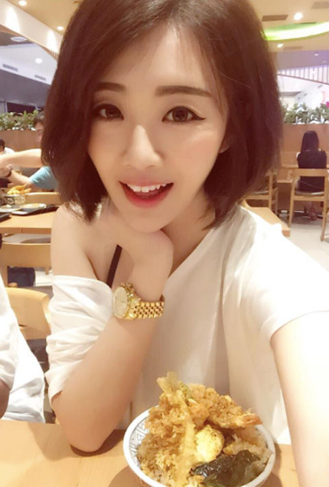 Chiaro Chen13