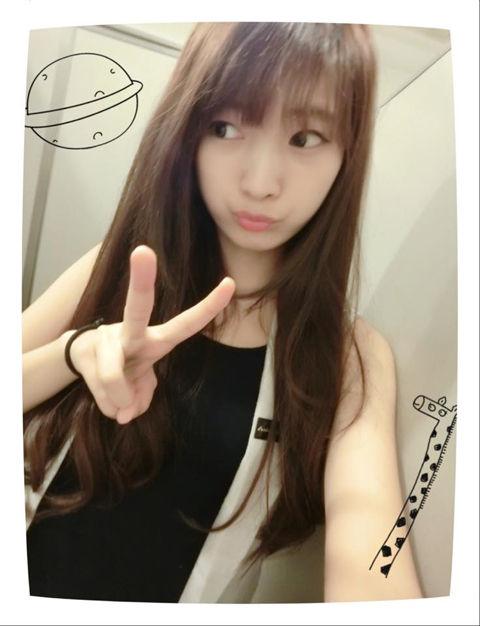 何妍萱14