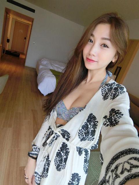 Mia Chen15