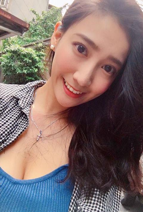 Chloe Cheng11