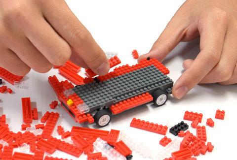ナノブロックで組み立て