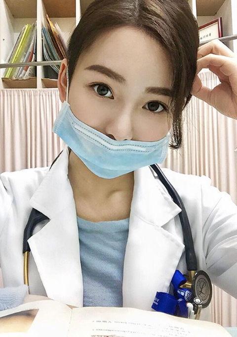 JennJenn Lee8
