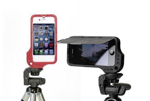 iPhoneを縦横で三脚固定できるケース