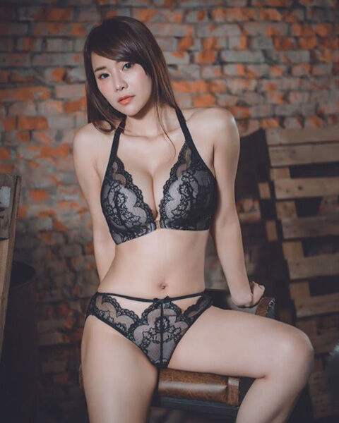 Lele Wu9