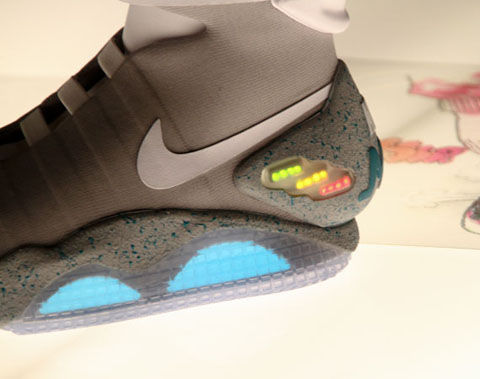 Nike Mag詳細1