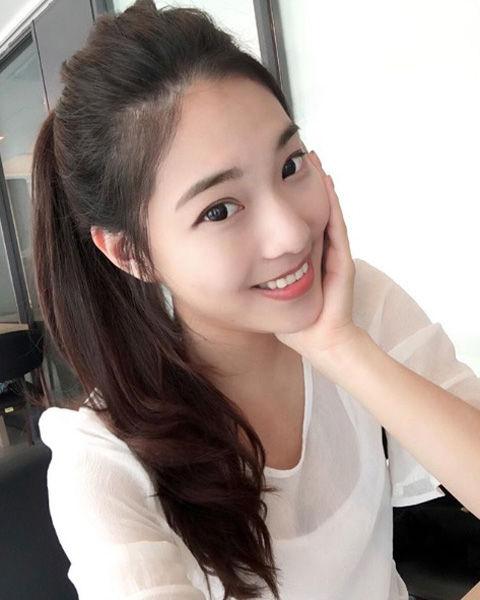 Jhiawen Cheng 鄭小奈8