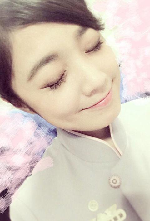 Vicky Hou9