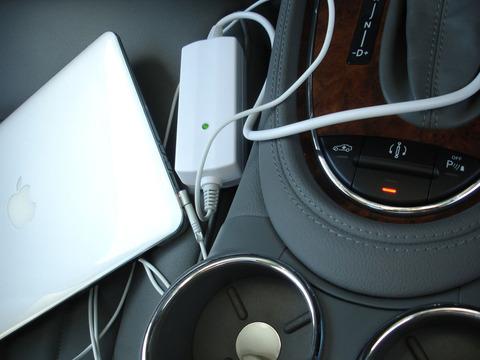 MacBook Air車載シガー充電