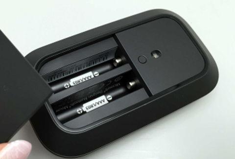 単4アルカリ乾電池×2本で約6ヵ月動作