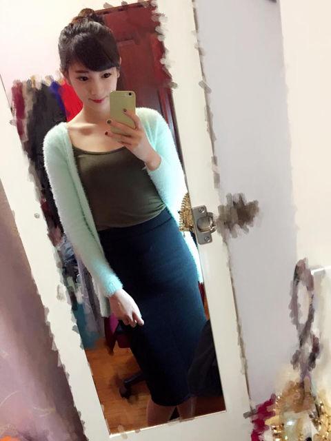 何妍萱13