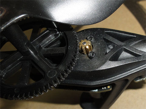 プロペラギヤとモーターの破損