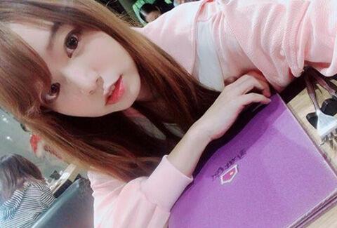 Angela Kuo1