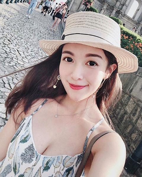 Karen Huang 黃巧綸10