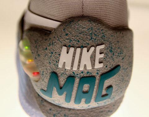 Nike Mag詳細8