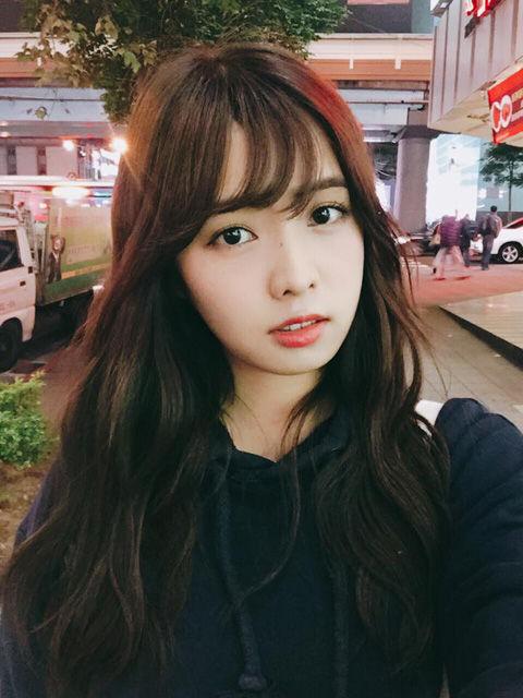 簡廷芮 Dewi Chien5