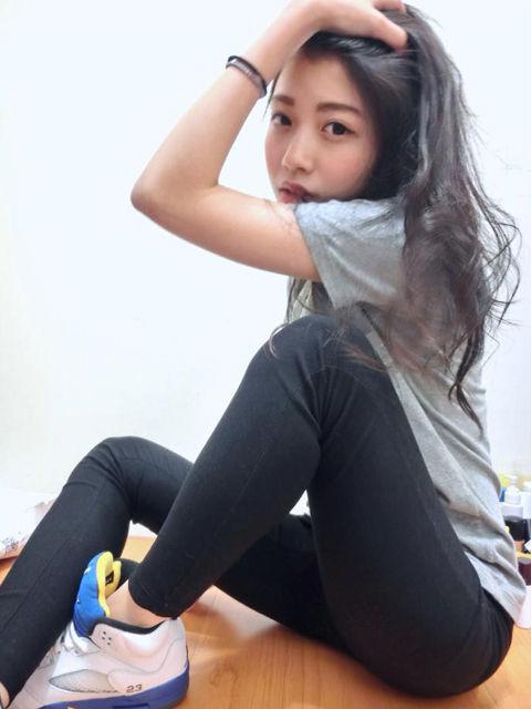 Una Yang14