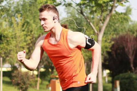 東京マラソン2012に骨伝導ヘッドフォン