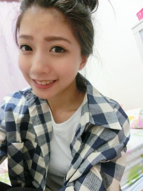 Una Yang12