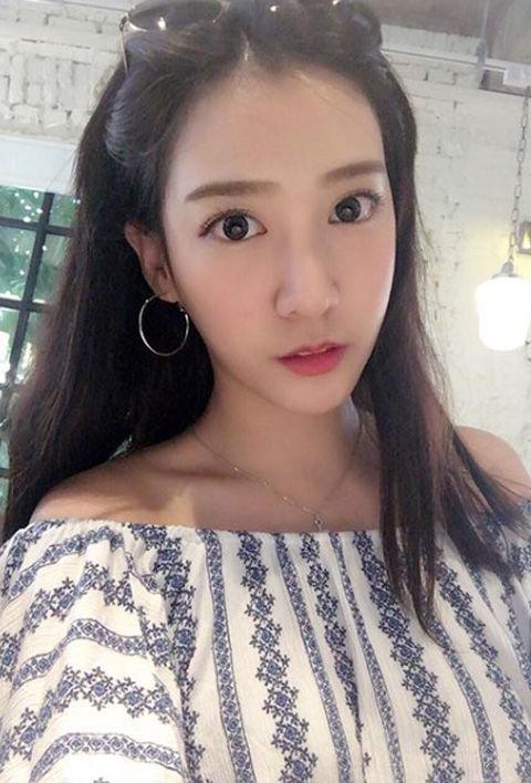 Chloe Cheng3