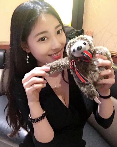 Jhiawen Cheng 鄭小奈6