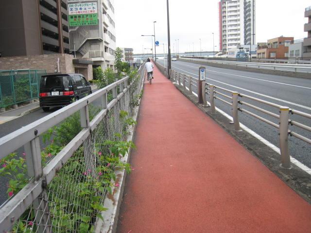 自宅から1.5キロで小松川橋です ...