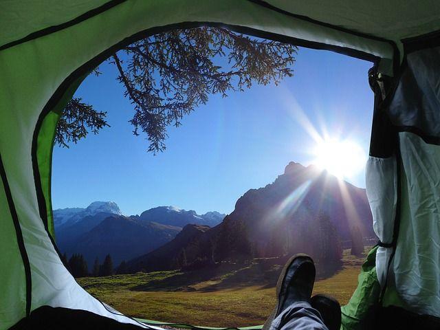 camp-2445212_640