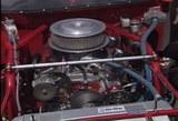 ストックカーのエンジンルーム