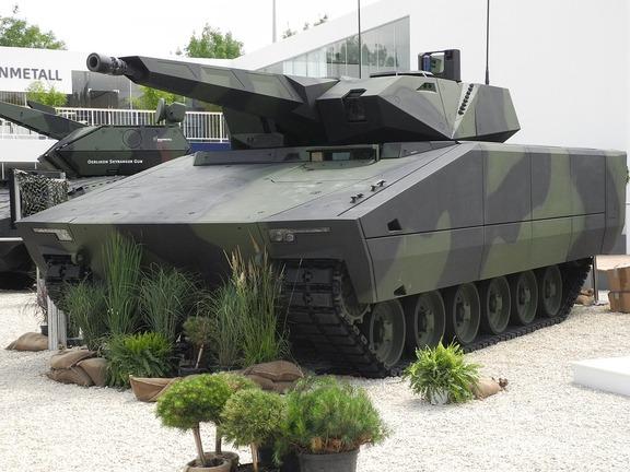 1280px-Lynx_KF41_unveiled