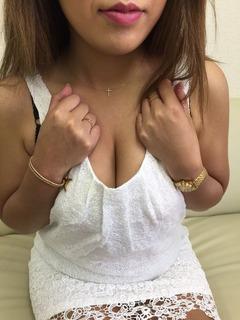 あおい胸元