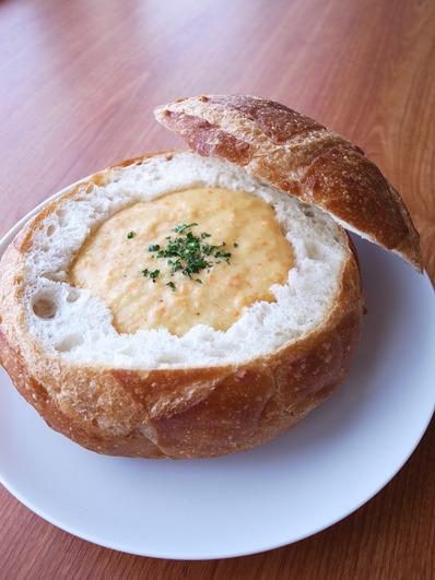 パンでスープすりおろしポタージュ