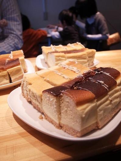 チーズケーキ亀山モデルb