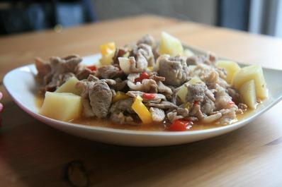 豚とジャガイモの甘辛煮