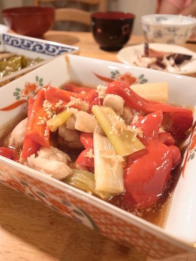 鶏赤ピーマン煮物