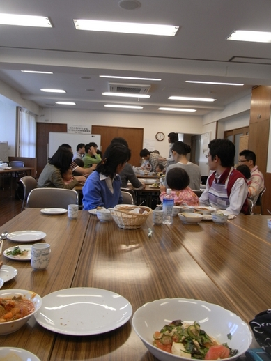 mini_たのしく食事