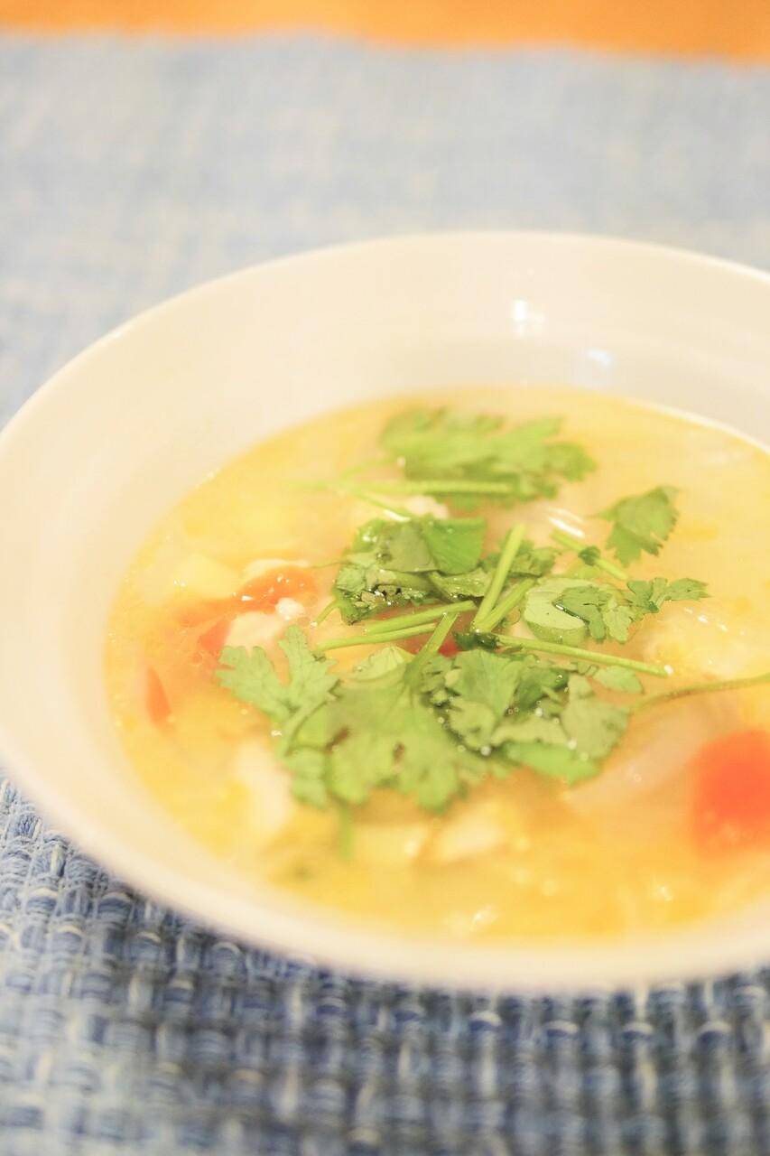 トムヤムクン風スープ2