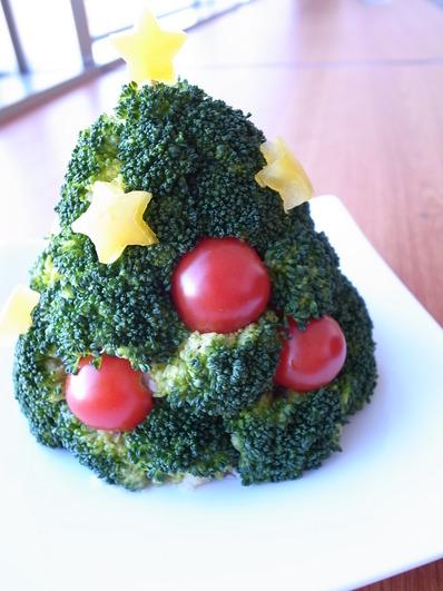 ポテサラとブロッコリーのクリスマスツリー