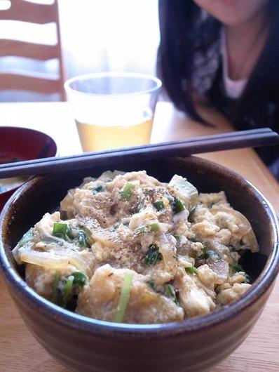 ニラ玉丼b