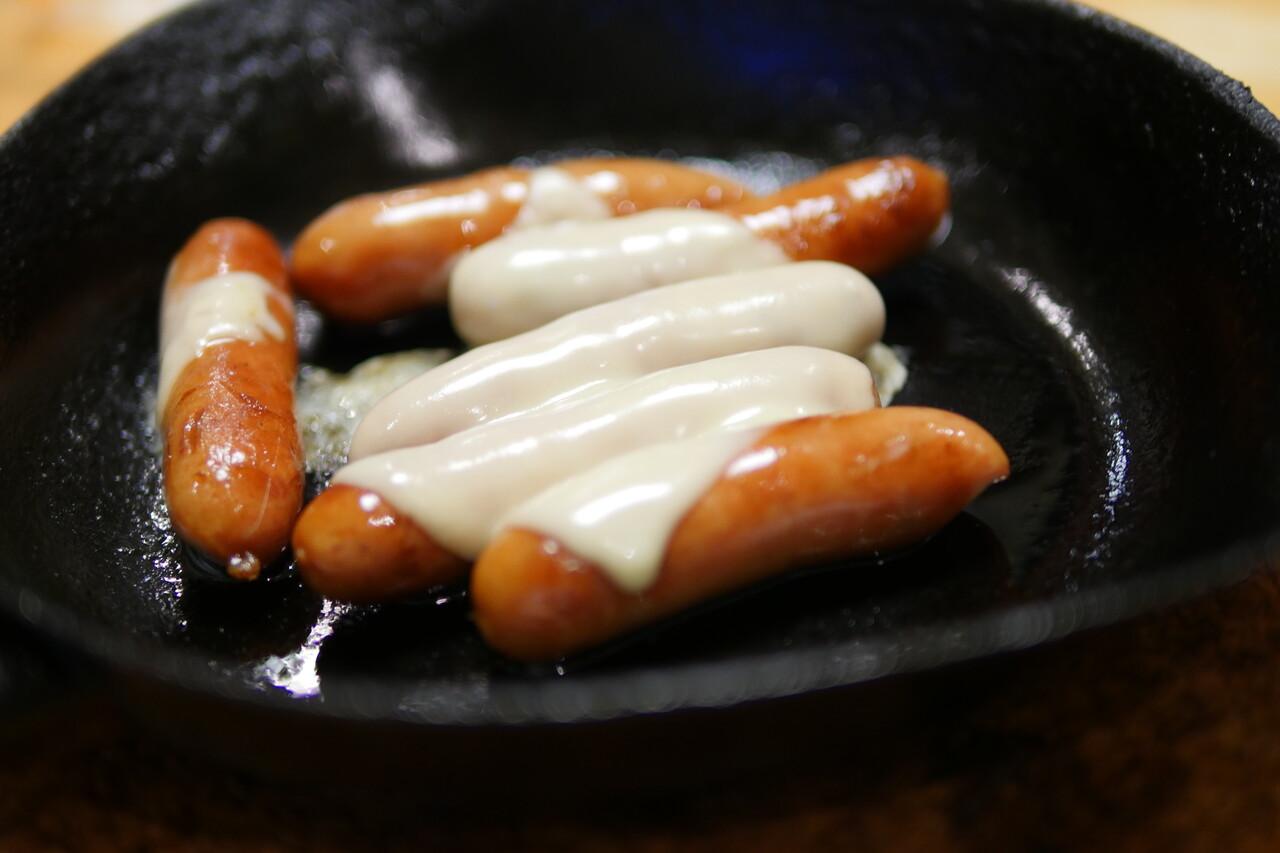 チーズソーセージフライパン