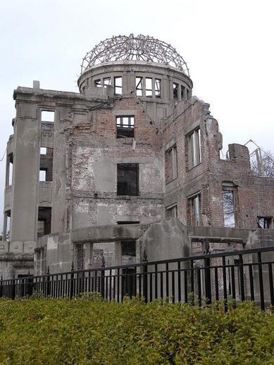 原爆ドームb