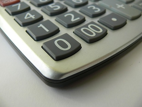 calculator-1342882_640