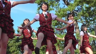 【踊ってみた】ローアングルで美脚を覗ける!