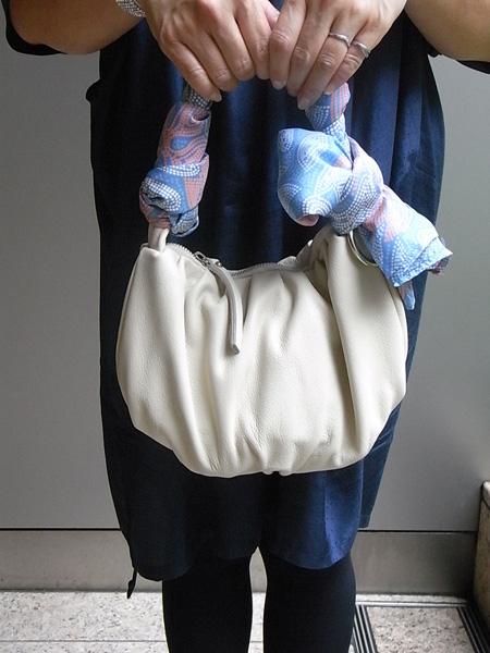 バッグにスカーフで華やかに。 名古屋かおり巻きのご紹介 ...