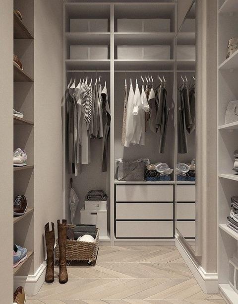 closet-4696557_640