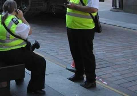 【画像】困った駐車違反車両がいるんですが・・・