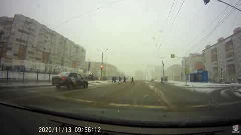 Speeding Taxi Miraculously Misses Pedestrians