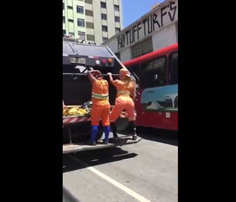 Brazilian Garbage Collectors Twerking