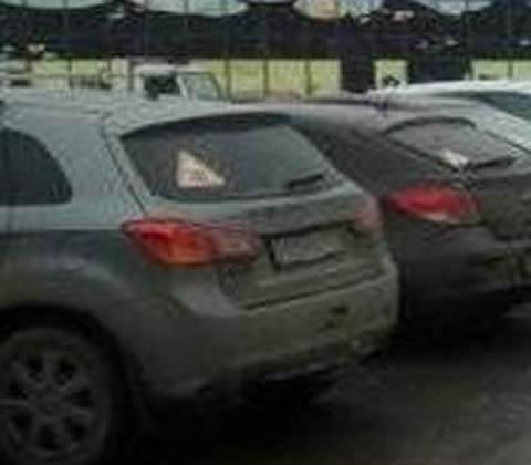 【画像】はみ出し駐車