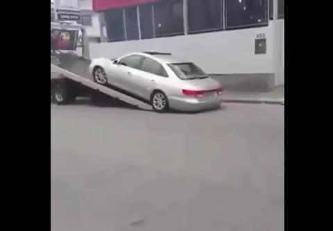 Car towing FAIL