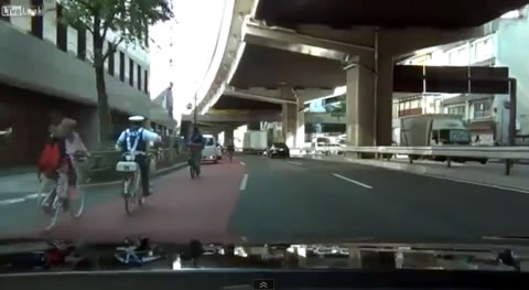 police_bicycle_chase