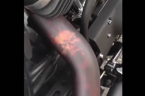 Exhaust skull Hot